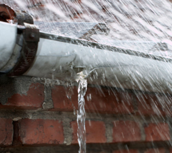 Leaking-Gutter