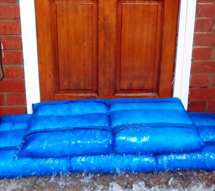 Flood-Barrier-Sacks